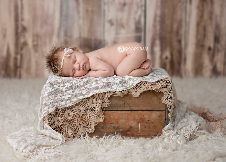 baby on box