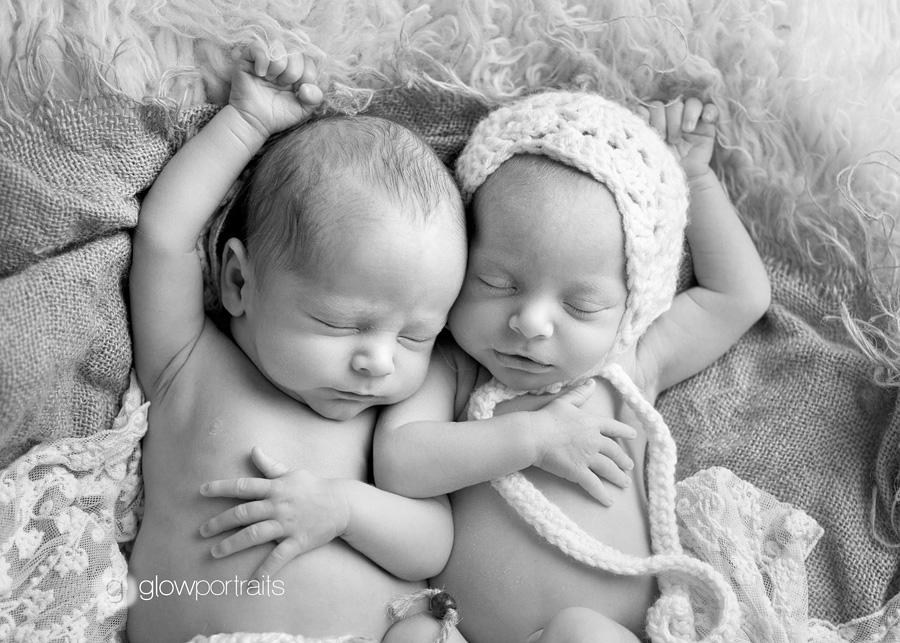 twins on fur